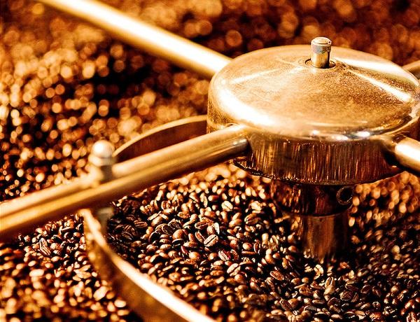 Sự phát triển của máy rang cà phê trên thị trường
